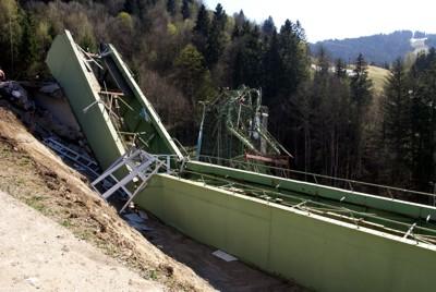 125 Tonnen Stahl müssen zerkleinert und abtransportiert werden
