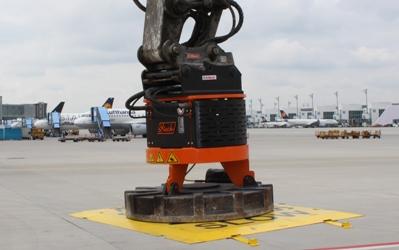 Steck Lasthebemagnet M16S im Einsatz auf dem Flughafen München
